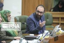 انتقاد عضو شورا از پخش نشدن شهرآورد در تلویزیونهای شهری پایتخت