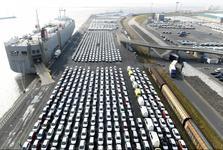 ترامپ بر خودروهای وارداتی از اروپا هم تعرفه اعمال می کند