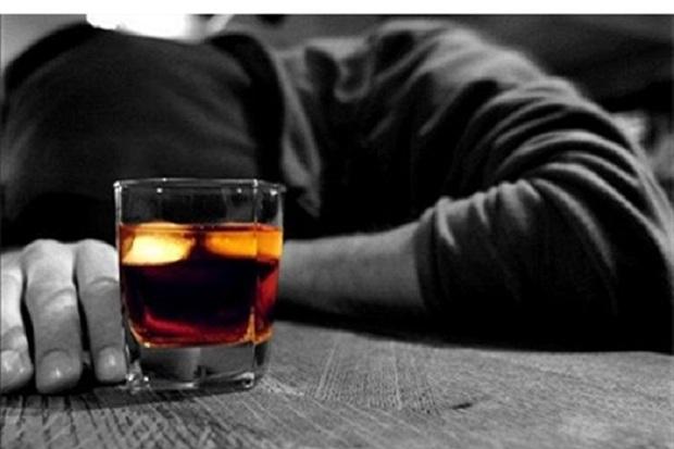 مصرف الکل تقلبی در آذربایجان شرقی جان یک نفر را گرفت