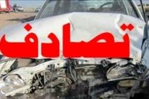 سقوط خودروی حامل دانش آموزان از پل روستاى فیروزیان 3 دانش آموز مصدوم شدند
