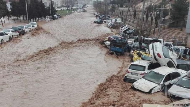 دلایل اصلی وقوع سیل در دروازه قرآن شیراز اعلام شدند