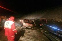 واژگونی اتوبوس در محور عشق آباد- بردسکن به علت سیل