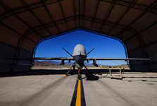 کشته شدن 30 کشاورز بی گناه در حمله هوایی آمریکا در شرق افغانستان