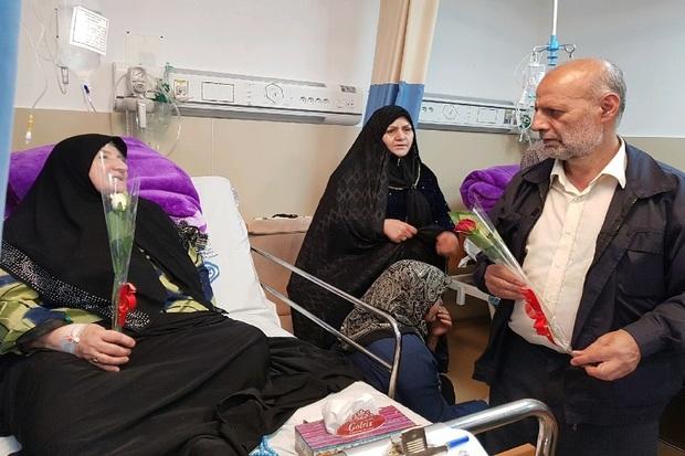 دبیرکل خانه کارگر از بیمارستان شهدای گمنام یاسوج بازدید کرد
