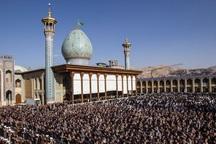 نماز ظهر عاشورا با حضور سوگواران حسینی در فارس برگزار شد