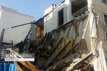 فرو ریختن یک ساختمان 2 طبقه در قزوین