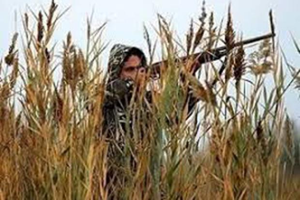 2 شکارچی غیر مجاز در خمین به دام افتادند