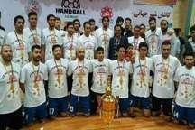 قهرمان هندبال ایران در کش و قوس پرداخت طلب بازیکنان