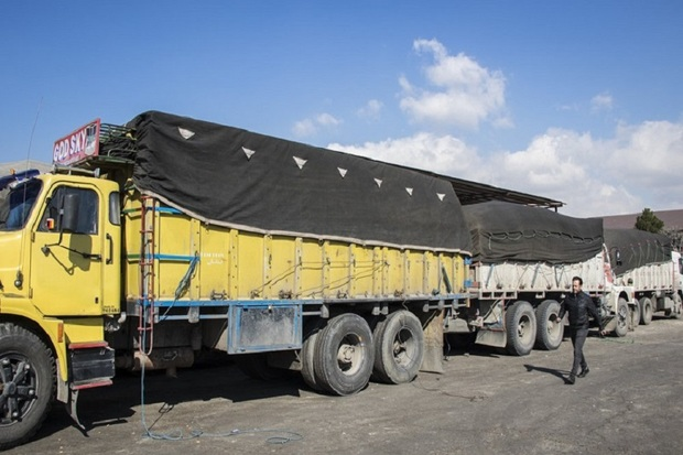 ارسال مواد غذایی و اقلام مورد نیاز سیل زدگان از گیلان