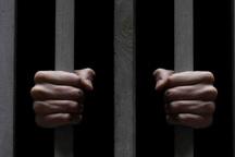 همسر قهرمان آسیا مهریه اش را صرف آزادی 2 زندانی کرد