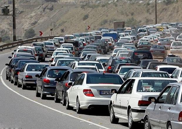 تردد کامیون ها در محورهای خراسان شمالی محدود شد