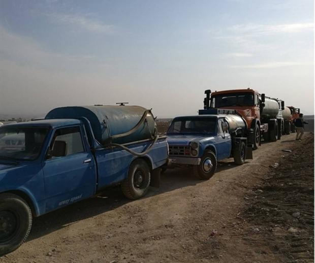 28 هزار لیتر نفت سفید رایگان در روستاهای سیل زده سیروان توزیع شد