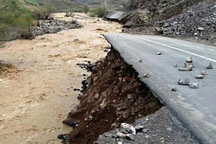 برخی جاده های استان قزوین بر اثر سیلاب تخریب شدند