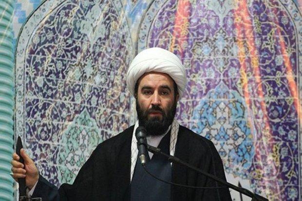 امام جمعه کن:ملت ایران باید در جنگ اقتصادی آگاهانه عمل کنند