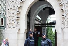ادامه روند بستن مساجد در فرانسه؛یک مسجد در مارسی بسته شد