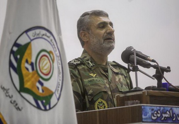نیروهای مسلح تا پای جان از دستاوردهای انقلاب دفاع میکنند