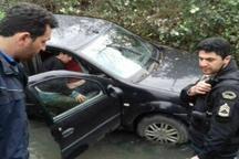 واژگونی خودروی سواری در محور فومن - شفت یک کشته بر جا گذاشت