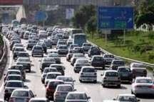 ترافیک سنگین در جاده کرج - چالوس   تردد به کندی صورت می گیرد