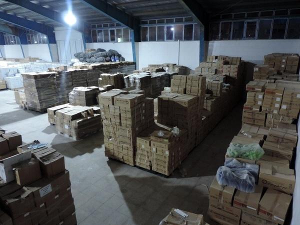 توقیف 106 دستگاه پکیچ احتکار شده در فردیس