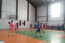 600 ورزشکار در جشنواره بازی های بومی خراسان جنوبی شرکت کردند