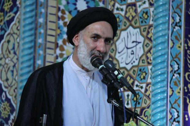 امام جمعه موقت شهرکرد: تحریم های دشمن راه به جایی نمی برد