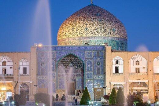 همه چیز درباره مرمت گنبد مسجد شیخ لطفالله خطابخش: تغییر رنگ در کاشیها نداریم