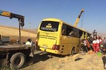 برخورد اتوبوس با تریلی در قم2  کشته برجای گذاشت
