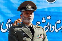 بازدید فرمانده کل ارتش از پایگاه شکاری برادران دلحامد