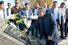 تجلیل رئیس شورای شهر تهران از شهدای قزوین