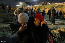 ادامه برخورد خشونت آمیز آمریکا با مهاجران+ تصاویر