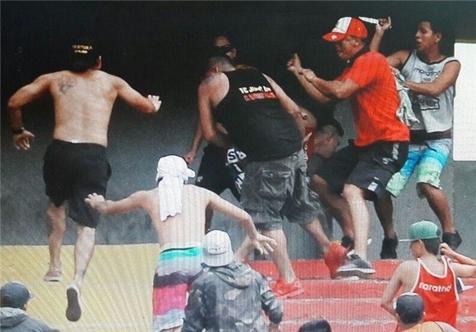 تصاویری از چاقوکشی در لیگ برتر اکوادور!