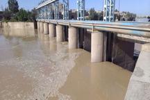 آب به کانون های گرد و غبار در منطقه سیستان هدایت شد
