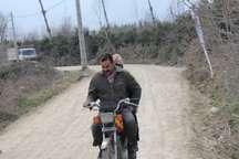 وضعیت نامناسب جاده های بین مزارع کشاورزان بجستان را با مشکل مواجه کرده است
