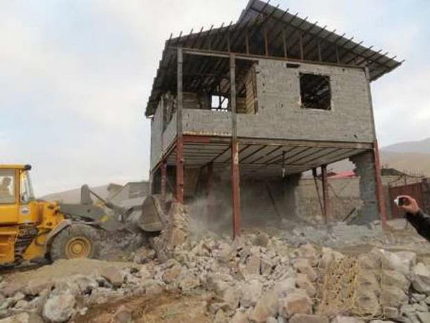 تخریب ساخت و سازهای غیرمجاز در پردیس 2ماه آینده آغاز می شود