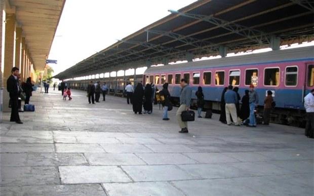 41 هزار مسافر از راه آهن هرمزگان جابه جا شدند