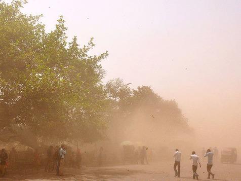 طوفان در شمال سیستان و بلوچستان ادامه دارد