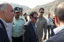 بازدید استاندار لرستان ار مناطق سیلزده معمولان