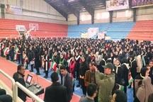 1357دانش آموز مهابادی با اجرای سرود به استقبال دهه فجر رفتند