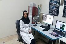 کارشناس آزمایشگاه مرکزی دانشگاه لرستان در جمع ۲۵ کارشناس منتخب کشور