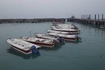 پنج فروند قایق صیادی در اسکله بحرکان هندیجان غرق شدند