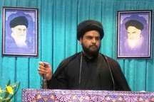 امام جمعه ملکشاهی: استکبار جهانی به دنبال تجزیه کشورهای اسلامی است