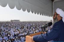 شرایط باید برای حضور زنان در نمازعید فراهم شود