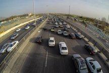 هفت میلیون و 822 هزار خودرو در محورهای قم تردد داشته است