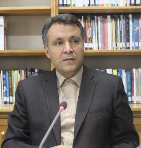 فاضلی: اجماع ملی نباشد، شیب افول ایران تند میشود