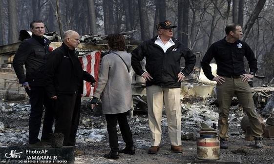 عکس/ ترامپ در شهر سوخته
