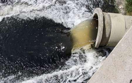 ورود روزانه 83هزار مترمکعب فاضلاب به آب های ساحلی بندرعباس