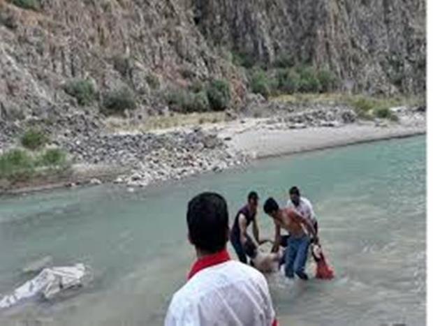 نوجوانی در رودخانه رستم آباد اردل غرق شد