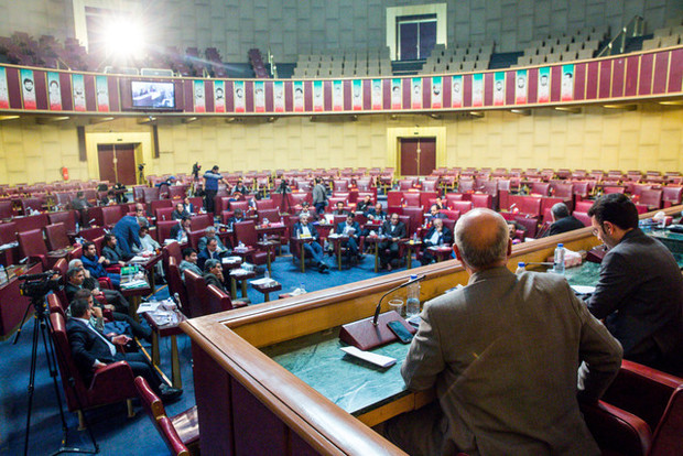 تصویب تشکیل اتحادیه شهرداریها و دهیاریهای کشور