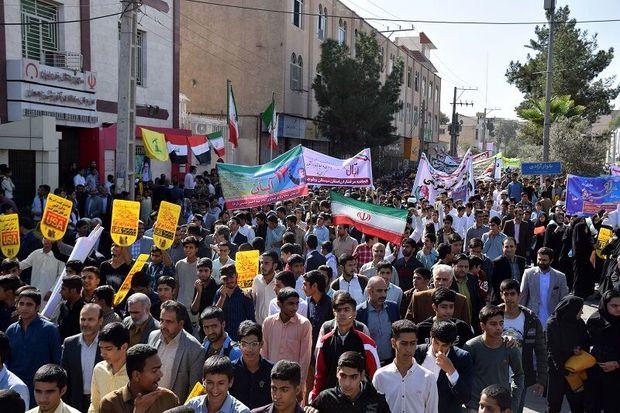 شکوه حضور مردمی در راهپیمایی و تحسین مسئولان سیستان و بلوچستان