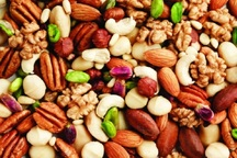 25 تن میوه و آجیل بین خانوارهای نیازمند شیروان توزیع شد